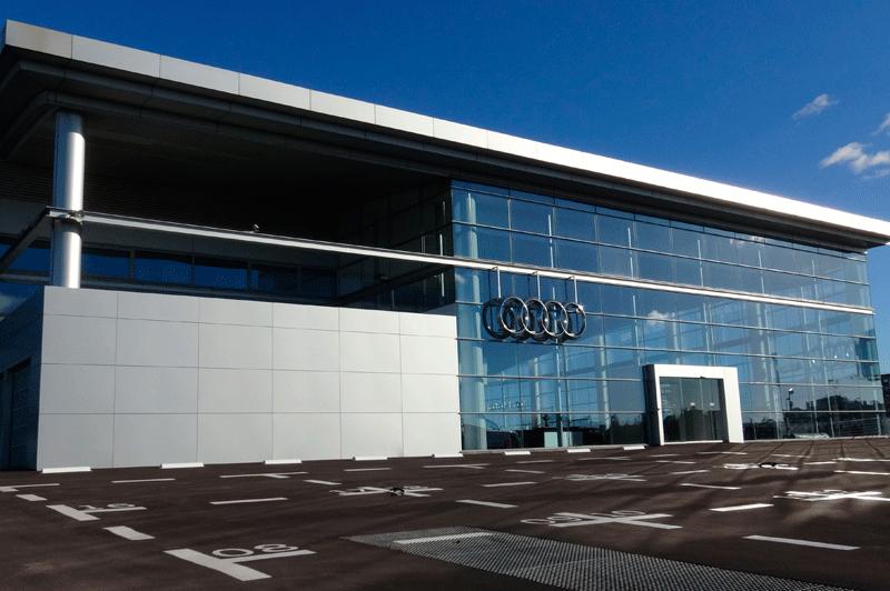 Fachada del concesionario de Audi de Sealco en Alcorcón